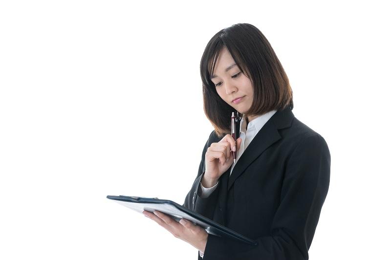 採用試験を有利に進めるために、なぜESの添削が必要なのか?